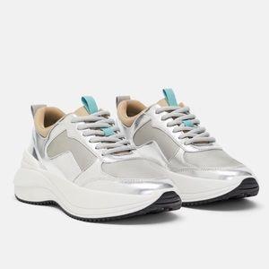 NWOT Zara Basics slight platform sneakers